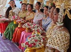 Cambodian-Khmer-New-Year-2013-Celebrations.jpg